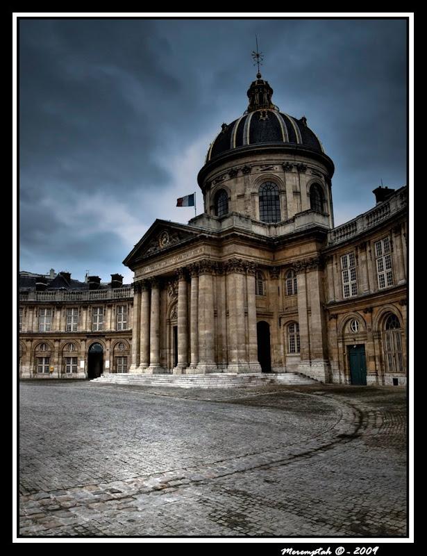 Institut de France (Académie française) HDR