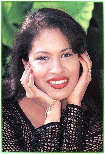 Selena Quintanilla Perez The Murder Of A Beloved Star By A