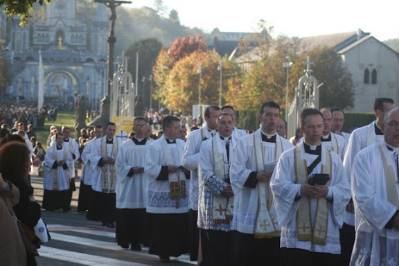 聖ピオ十世会(SSPX)によるルルドへの国際巡礼 2008年10月 SSPX Pilgrimage to Lourdes 2008, Pélerinage international à Lourdes Fraternité St Pie X, FSSPX, LOURDES 2008 par la FSSPX