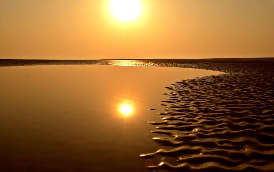 ripples on sand by Arnab Bhattacharyya - Landscapes Beaches