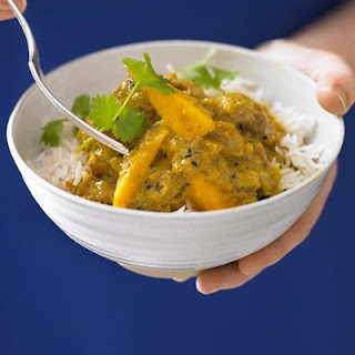 Creamy Chicken & Mango Curry