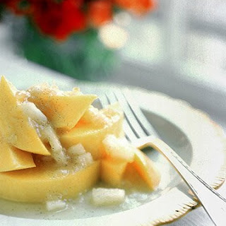 Mango with Pineapple Ginger Sauce