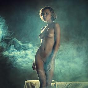 Chucha  by Dmitry Laudin - Nudes & Boudoir Artistic Nude ( studio, nude, girl, smoke )
