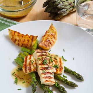 Grilled Asparagus and Halloumi Salad.