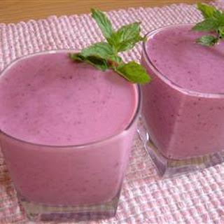 Triple Fruit Smoothie Recipe