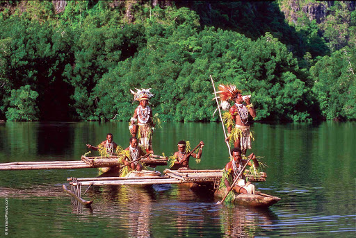 Silversea-Silver-Discoverer-Papua-New-Guinea-locals - Along the Sepik River in Papua New Guinea, part of a Silver Discoverer excursion.