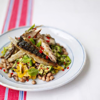 Griddled Mackerel With A Courgette & Bean Salad.