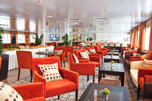Scenic Tsar guests sailing from Moscow to St. Petersburg will love hanging out in the Panorama Bar and Lounge, noticeably modern in its furnishings.