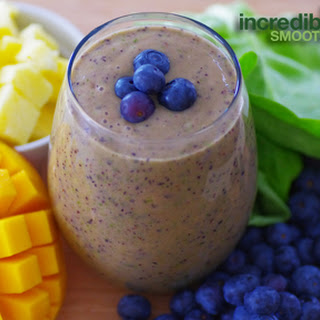 Blueberry-Pineapple Green Smoothie