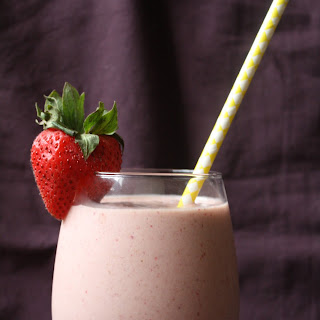 Strawberry & Creme Smoothie Recipe