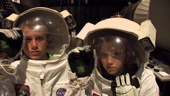 Duggars in Space