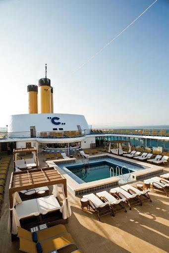 Costa-neoRomantica-Lido-Saint-Tropez - Lido Saint-Tropez, one of Costa neoRomantica's two swimming areas.