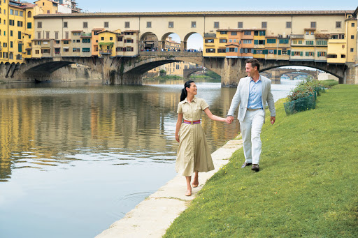Ponte-Vecchio-Florence - Visit the Ponte Vecchio, which stretches across the River Arno, in the Renaissance city of Florence during your cruise vacation aboard Tere Moana.