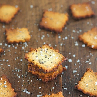 Cheesy Chia Seed Crackers (Gluten-Free & Low Carb).