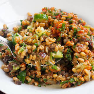 Whole-Grain Spelt Salad With Leeks and Marinated Mushrooms.