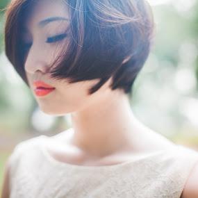 lucas ding by Chuyên Blue - People Portraits of Women