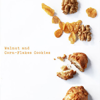 Corn Flakes and Walnuts Cookies.
