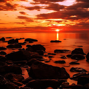 Polar sunset by Sondre Gunleiksrud - Landscapes Sunsets & Sunrises ( reflection, midnight, waterscape, sunset, summer, ocean, long exposure, sun, nightscape, norway,  )