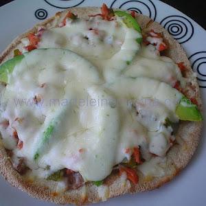 Smoked Tuna Pita Pizza