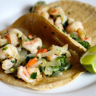 Tacos de Camarones al Mojo de Ajo (Sautéed Shrimp Tacos)