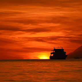 back to home by Rinal Dino - Landscapes Sunsets & Sunrises ( sunset, beach, boat, landscape )