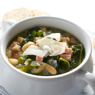 Healthy Kale, Bean, Pea and Ham Soup.
