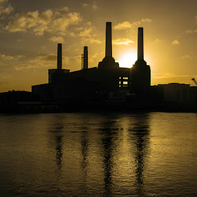 Battersea Power Station by Lee Davison - Buildings & Architecture Decaying & Abandoned ( london, sunset, power station, silhouette, battersea )