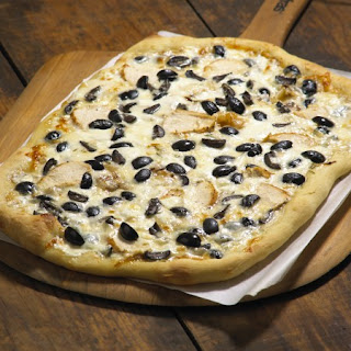Black & White Pizza and California Olives