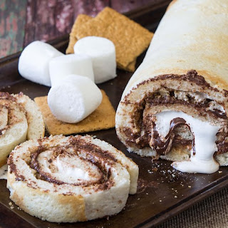 S'mores Pizza Roll-Up.