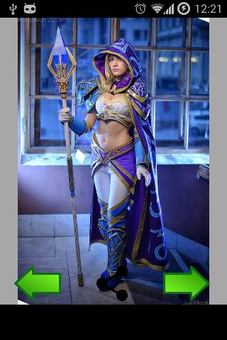 照片中的女孩 cosplay