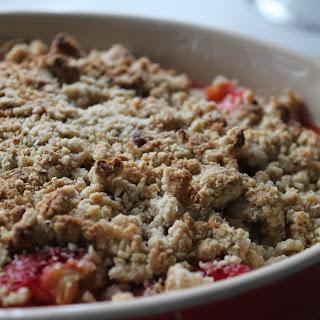 Gluten Free Strawberry and Rhubarb Crumble