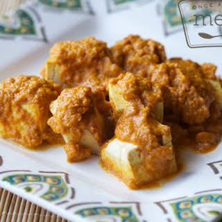 Slow Cooker Coconut Tofu Curry.