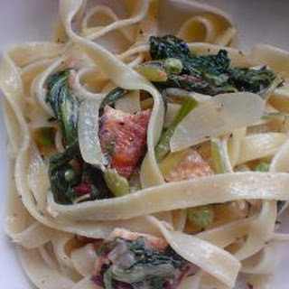 Linguine With Spinach And Smoked Tofu.