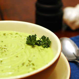 5 Minute Savory Raw Green Soup