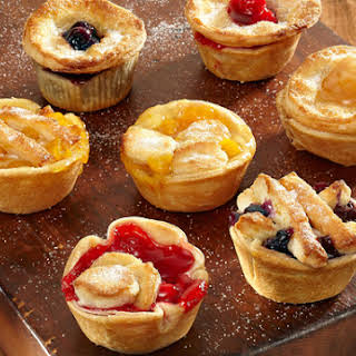 Farmers Market Mini Fruit Pies.
