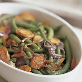 Roasted Green Beans and Carrots with Red Onion.