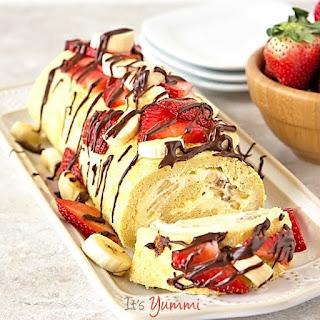 """""""Skinny"""" Banana Split Cake Roll"""