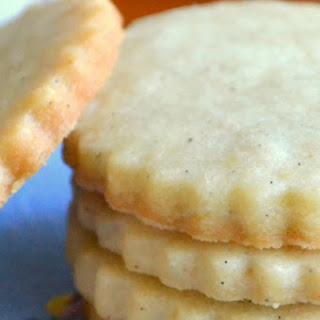 Vanilla Bean Shortbread Tea Cookies.