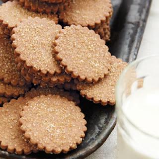 Old-Fashioned Graham Crackers with Turbinado Sugar