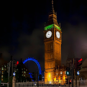 The Big Ben and London eye by Salvatore Amelia - Buildings & Architecture Public & Historical