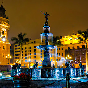 The water fountain of Lima by Maritere Izaguirre - City,  Street & Park  Fountains ( peru, fountain, night, long exposure, lima, city )