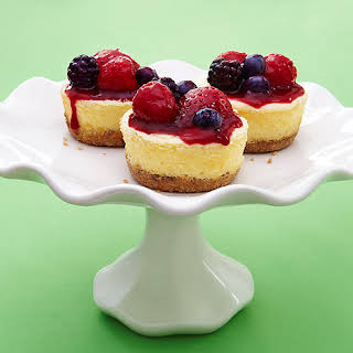 Greek Yogurt Cheesecakes with Quick Berry Compote.