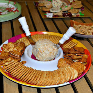 Jalapeno Bacon Cheddar Cheese Ball for a Holiday Party.