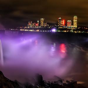 Niagara falls web.jpg