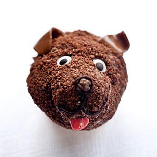 Brown Dog Cupcakes.
