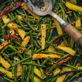 Spicy green beans and potatoes by Jack Turkel - Food & Drink Cooking & Baking ( green beans, indian food )