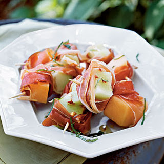 Prosciutto-Melon Bites with Lime Drizzle.
