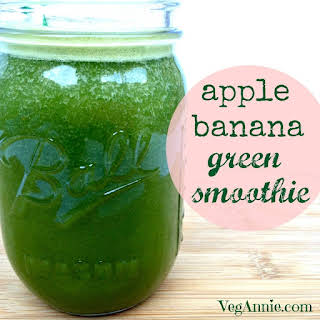 Apple Banana Green Smoothie.