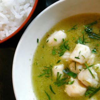 Scallops in Green Curry Sauce