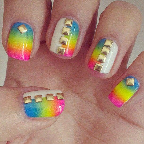 Rainbow Nails Screenshot